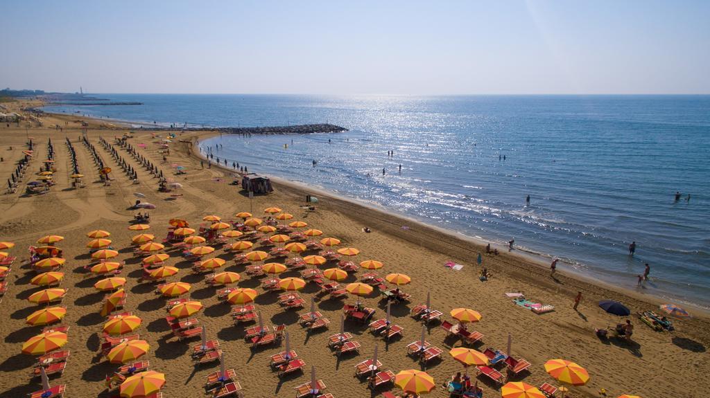 cavallion_beach.jpg