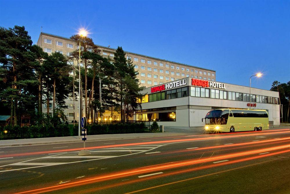 hotel_dzingel.jpg
