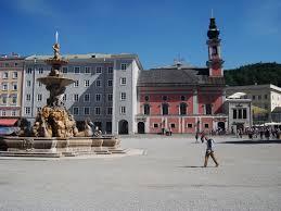 residenzplatz.jpg
